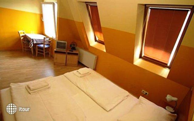 Hotel In Hernals 5