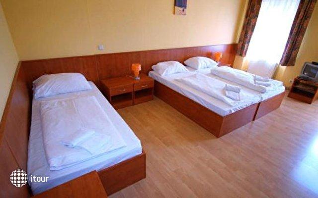Hotel In Hernals 7