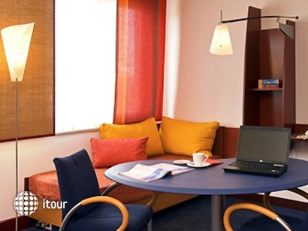 Suite Novotel Wien City (ex. Messe) 9