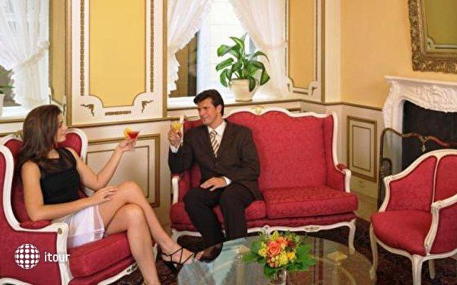 Best Western Premier Hotel Romischer Kaiser 7