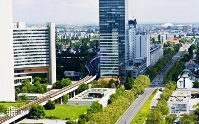 Park Inn By Radisson Uno City Vienna 7