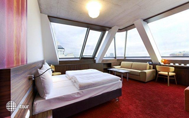 Simm's Hotel 3