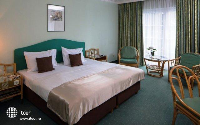Austria Trend Eventhotel Pyramide (ex. City Club Hotel) 5