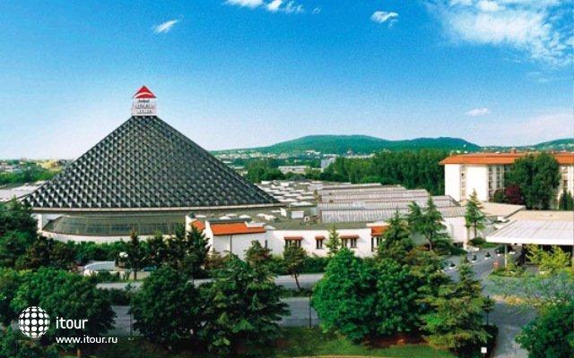 Austria Trend Eventhotel Pyramide (ex. City Club Hotel) 1