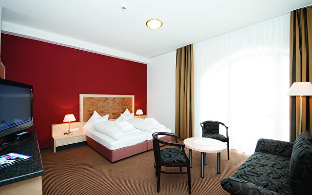 Amadeus Micheluzzi Hotel 2