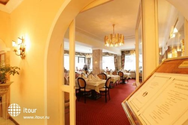 Nostalgie Hotel Carinthia 6