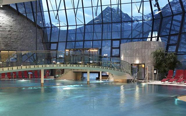 Aqua Dome 2