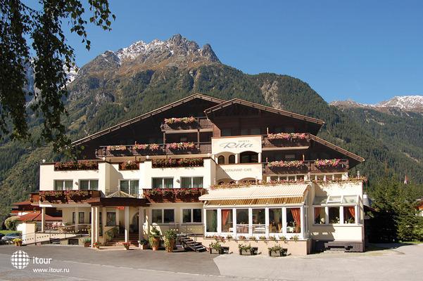 Rita Hotel 1