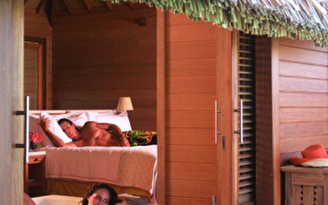 Four Seasons Resort Bora Bora 8