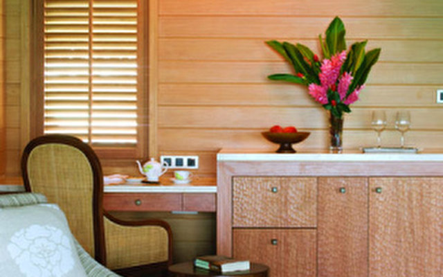 Four Seasons Resort Bora Bora 10