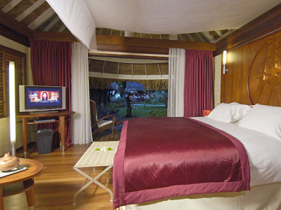 Sofitel Bora Bora Beach Resort 4