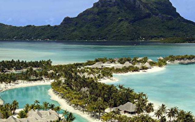 St. Regis Resort Bora Bora 4