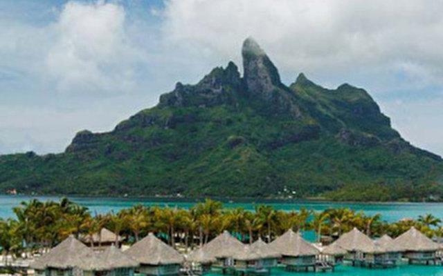 St. Regis Resort Bora Bora 5