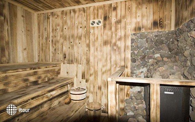 Gudauri Hut 9