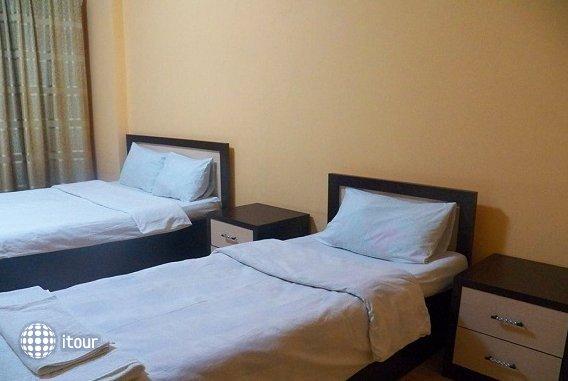 Kazbegi Hotel 5