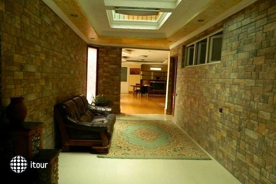 Kazbegi Hotel 8