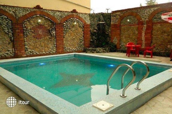 Kazbegi Hotel 9