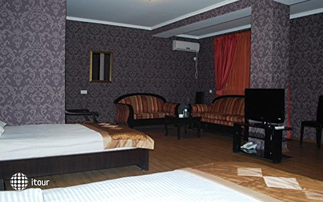 Prestige Palace Hotel 8