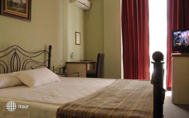 Prestige Palace Hotel 2