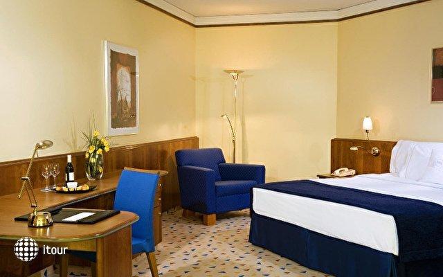 Sheraton Metechi Palace Hotel  5