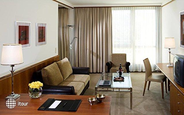 Sheraton Metechi Palace Hotel  7