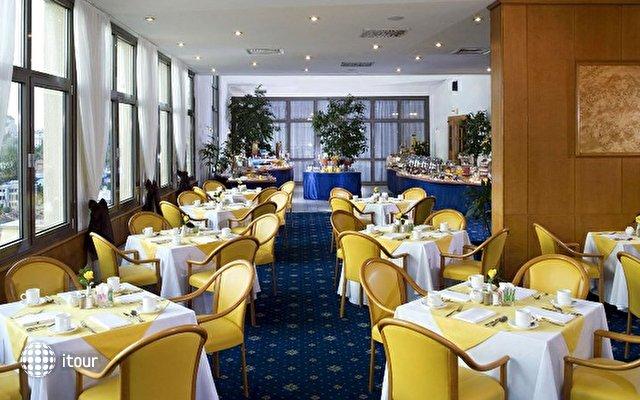 Sheraton Metechi Palace Hotel  9