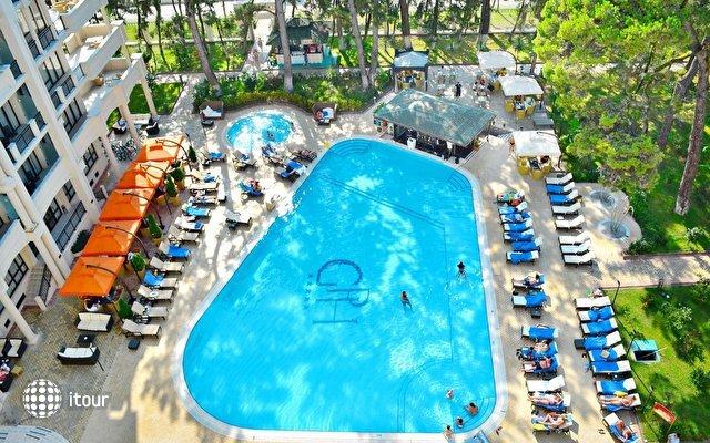 Georgia Palace Hotel 3