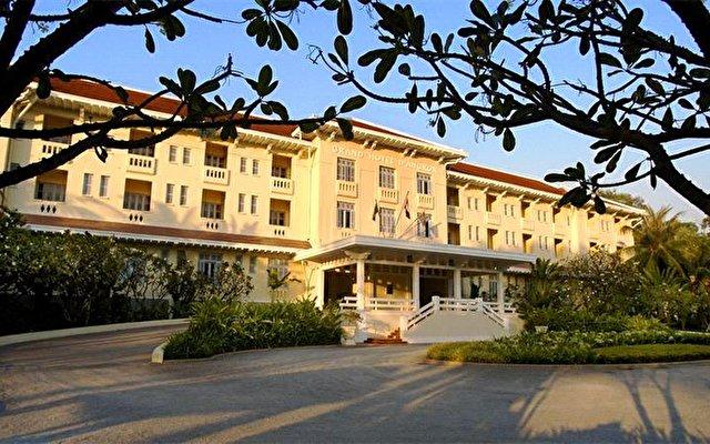 Raffles Grand Hotel D'angkor 1