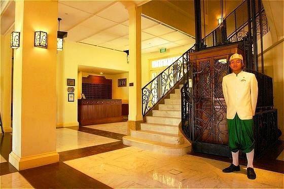 Raffles Grand Hotel D'angkor 6