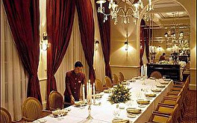 Raffles Hotel Le Royal 8