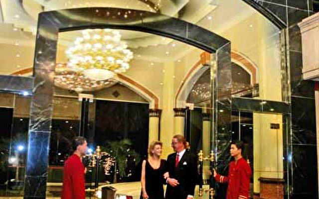 Phnom Penh Hotel 8