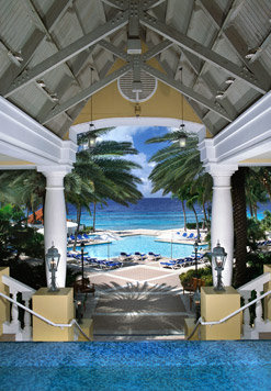 Curacao Marriott Beach Resort & Emerald Casino 3