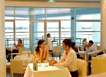 Hilton Auckland 10