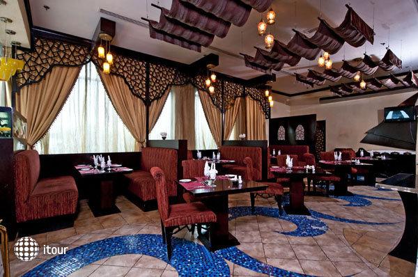 Al Jawhara Gardens Hotel 8