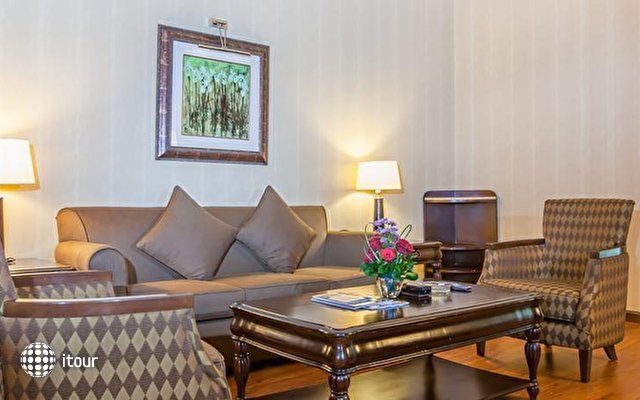 Flora Grand Hotel 4