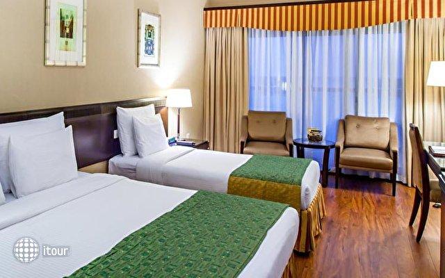 Flora Grand Hotel 3