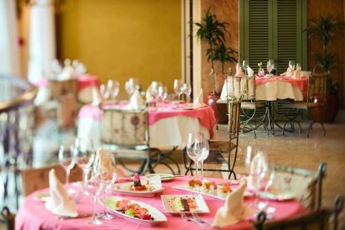 Movenpick Hotel Bur Dubai 5
