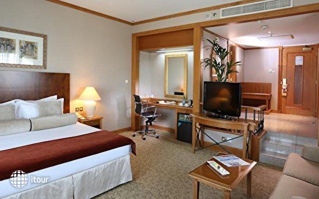 Arabian Court (ex. Ramada Hotel) 3