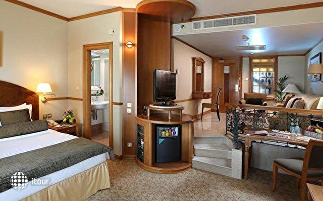 Arabian Court (ex. Ramada Hotel) 5