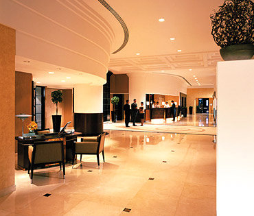 Traders Hotel Dubai 2