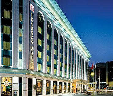 Traders Hotel Dubai 6