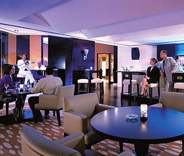 Traders Hotel Dubai 9