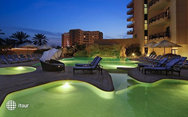 Park Hotel Apartments 2