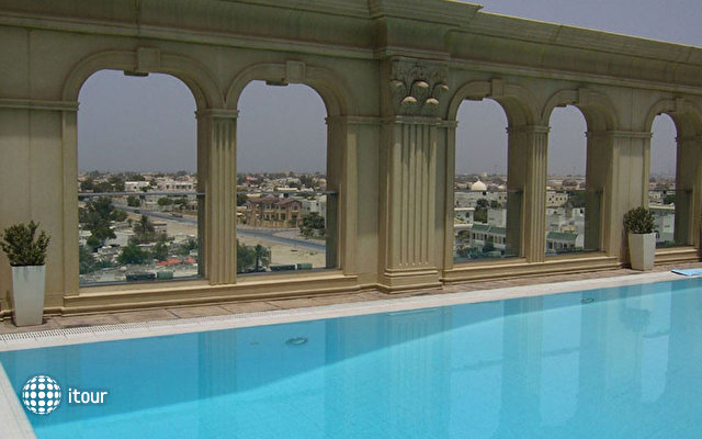 Villa Rotana Suites 2