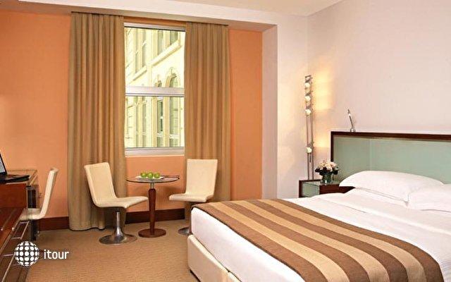 Villa Rotana Suites 10