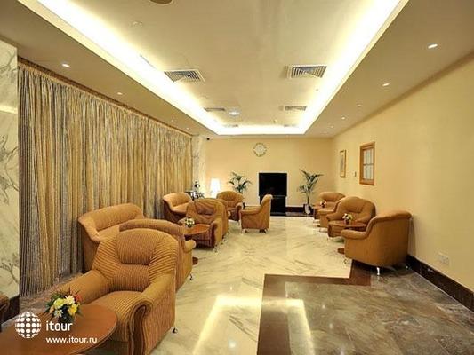 Al Bustan Centre & Residence 5