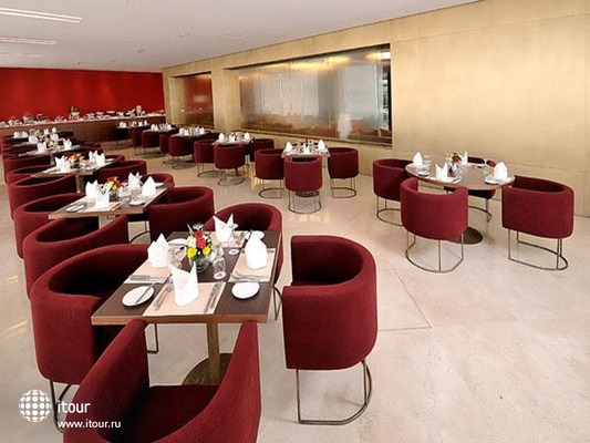 Al Bustan Centre & Residence 9