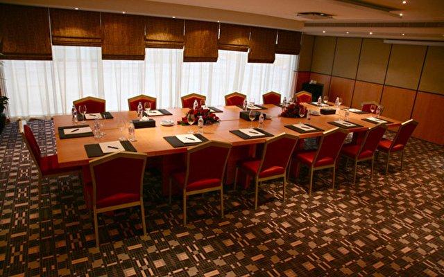 Samaya Hotel Deira 2