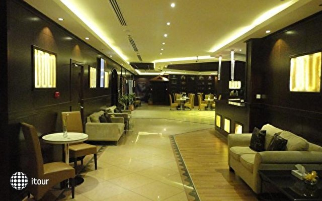 Fortune Plaza 8