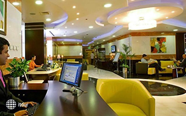 Al Khoory Executive Hotel Al Wasl 4